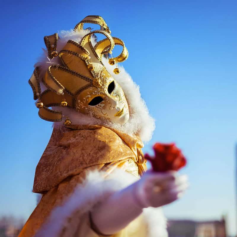 E' Carnevale: realizza il tuo video con brani di alta qualità, ritmici e orchestrali